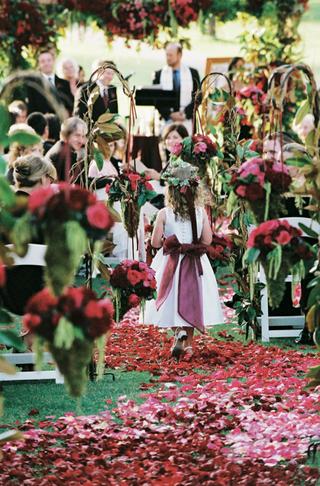 burgundy-bow-on-white-dress