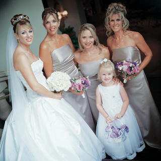 bride-with-three-bridesmaids-and-flower-girl