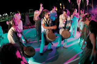 djembe-wedding-entertainment-at-reception