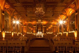 new-york-city-hotel-ballroom-with-golden-lighting