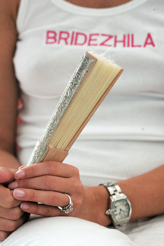 fun-bridezilla-shirt-for-bride-getting-ready-for-wedding