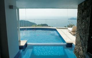 destination-wedding-in-mexico-oceanfront-room