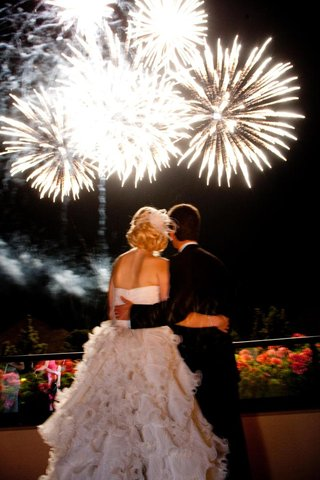 bride-and-groom-view-firework-display