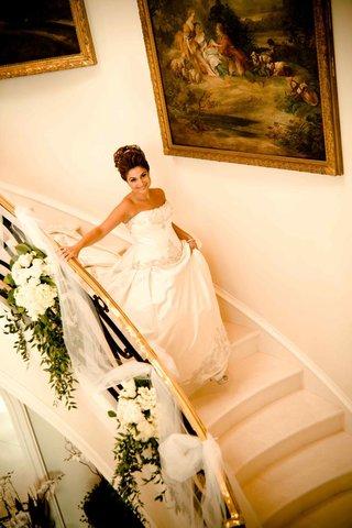 princess-bride-walking-down-long-staircase