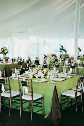 white-and-green-table-decor