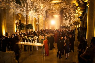 guests-mingling-in-astor-hall-at-nyc-library