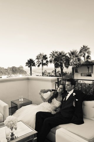 black-and-white-photo-of-bride-and-groom-at-bacara-resort