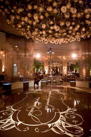 iconic-beverly-hills-hotel-ballroom-floral-chandelier