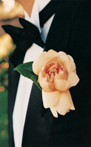 grooms-pink-orange-boutonniere