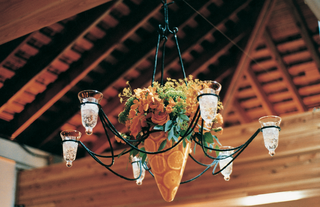 chandelier-with-orange-slices-in-base-hanging-from-ceiling