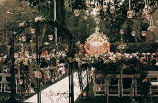 the-beverly-hills-hotel-alfresco-decor