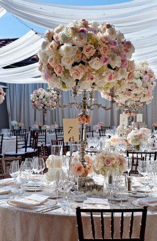 white-drapery-on-outdoor-patio-wedding-reception