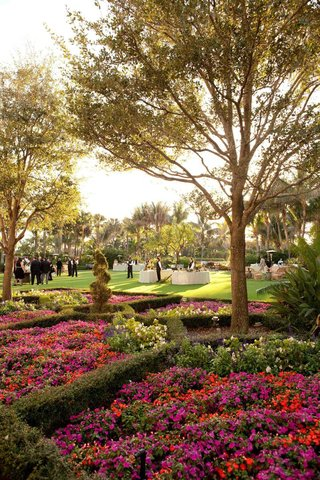 the-breakers-gardens-for-rehearsal-dinner-location
