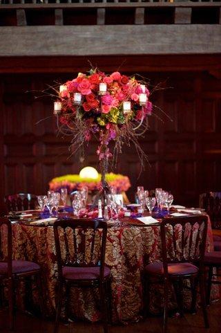 bright-wedding-reception-decoration-table