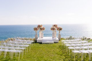 malibu-wedding-ceremony-on-lawn-overlooking-the-ocean
