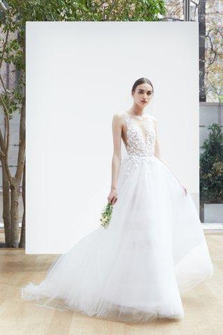 jiuen-oscar-de-la-renta-spring-2018-light-ivory-silk-tulle-v-neck-ball-gown-jasmine-embroidery