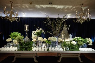 wedding-reception-chicago-wedding-long-escort-card-table-cherry-blossom-blue-white-chinoiserie-vases