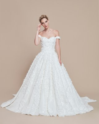 ebru-sanci-2018-bridal-collection-wedding-dress-ball-gown-off-shoulder-beading-applique-flowers