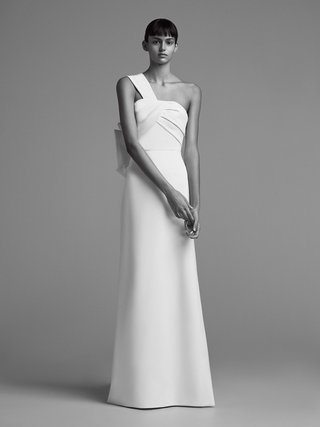 viktor-and-rolf-mariage-fall-winter-2018-wedding-dress-one-shoulder-bridal-gown-draped-bodice