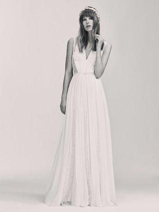 black-and-white-photo-of-elie-saab-bridal-spring-2017-sleeveless-wedding-dress-lace-cutouts-sheath