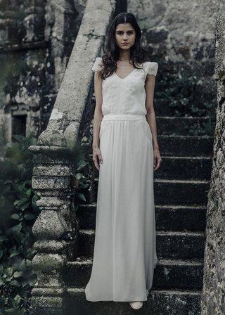 laure-de-sagazan-2017-collection-cazotte-tv-neck-illusion-puff-sleeves-floral-details-flowing-skirt