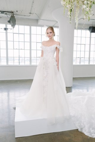 marchesa-bridal-fall-2018-collection-wedding-dress-off-shoulder-bridal-gown-detachable-over-skirt