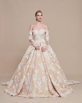 ebru-sanci-2018-bridal-collection-wedding-dress-ball-gown-long-sleeve-off-shoulder-ball-gown