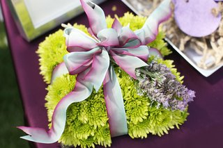 green-ring-bearer-pillow-with-lavender-sprigs