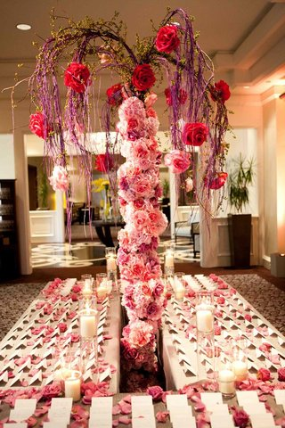 pink-rose-tree-trunk-with-purple-branches-on-escort-card-table
