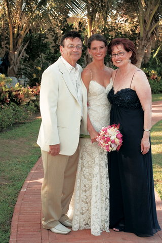 bride-with-father-of-bride-and-mother-of-bride