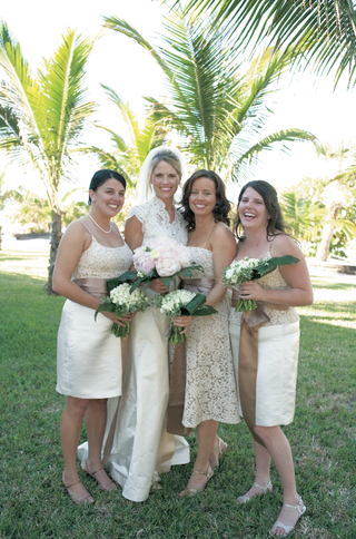 lace-wedding-dress-and-lace-bridesmaid-dresses