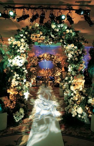 ceremony-inspired-by-french-garden-with-flower-arch