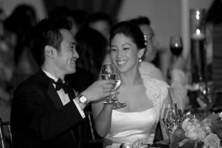 black-and-white-newlyweds-toast