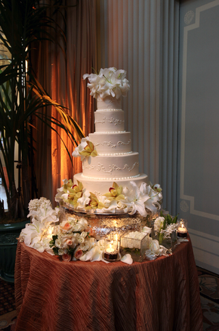 five-layer-cake-with-lily-and-orchid-flowers