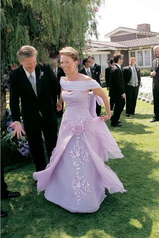formal-lavender-evening-gown-on-mother-of-the-bride