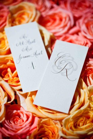 rectangular-seating-cards-with-calligraphy