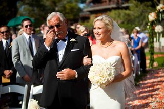 dad-walking-bride-down-the-aisle-and-crying