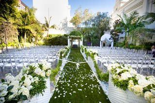 outdoor-wedding-at-vibiana-in-downtown-los-angeles