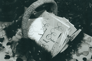 basket-filled-with-wedding-programs