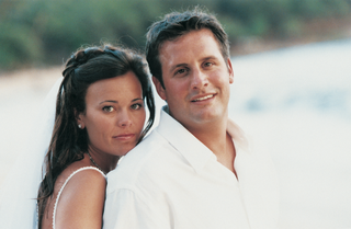 newlyweds-at-beach-wedding