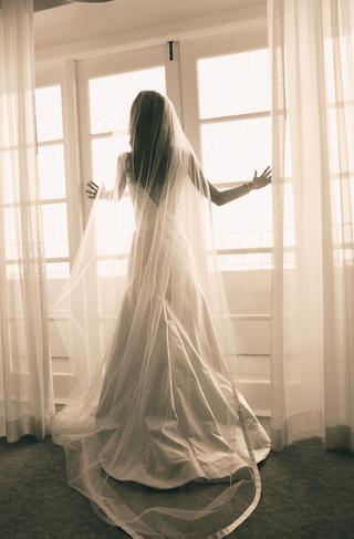 sepia-toned-photo-of-vera-wang-bridal-gown