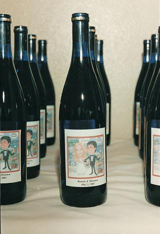 custom-wine-bottle-labels-for-wedding-favors