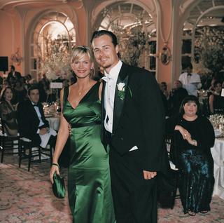green-bridesmaid-dress-and-long-tail-groomsman-tux