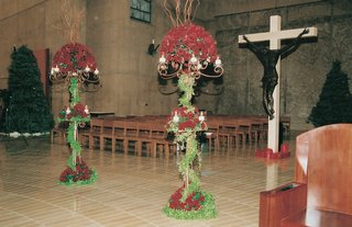 cola-church-ceremony-decor
