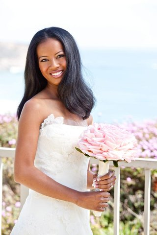 african-american-bride-in-white-wedding-dress-with-pink-bouquet