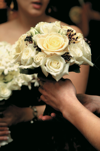 white-and-black-flower-arrangement