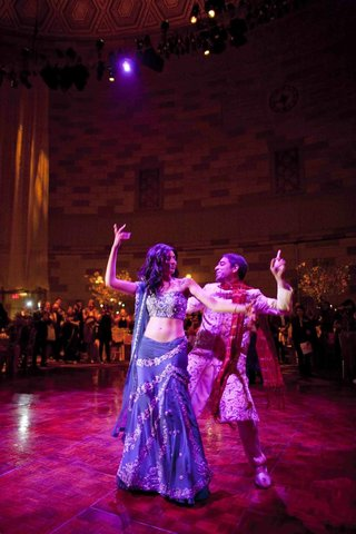 actress-reshma-shetty-in-a-navy-and-silver-sari-does-bollywood-dance-with-groom
