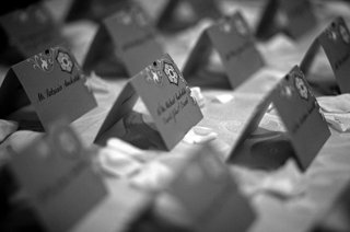 black-and-white-photo-of-seating-card-display