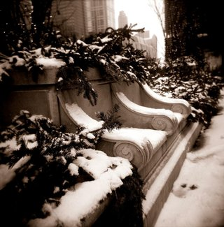 black-and-white-photo-of-winter-in-chicago