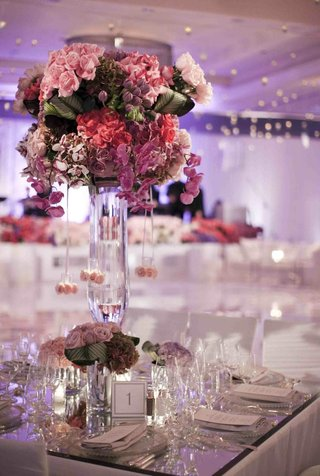 mirrored-tabletop-with-large-pink-floral-arrangement